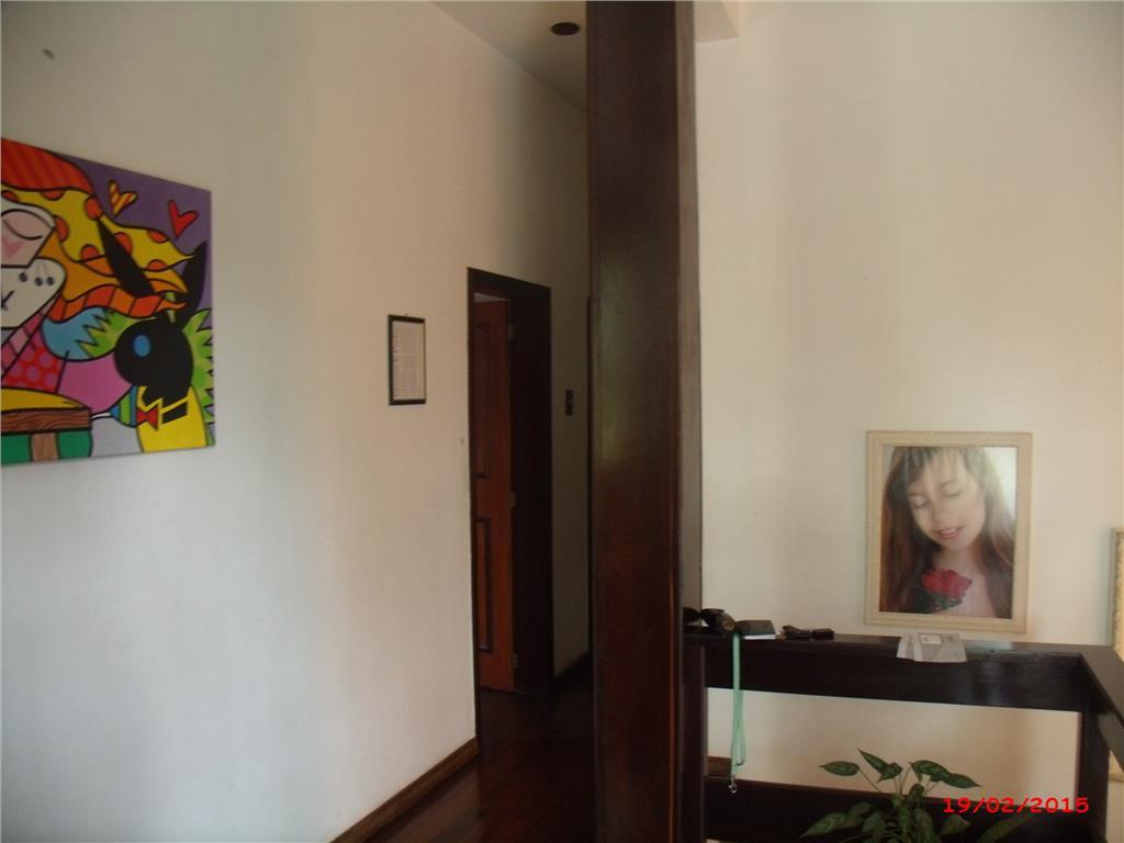 Prédio em São Geraldo, Porto Alegre - RS