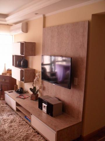 Apartamento de 3 dormitórios à venda em Vila Ipiranga, Porto Alegre - RS