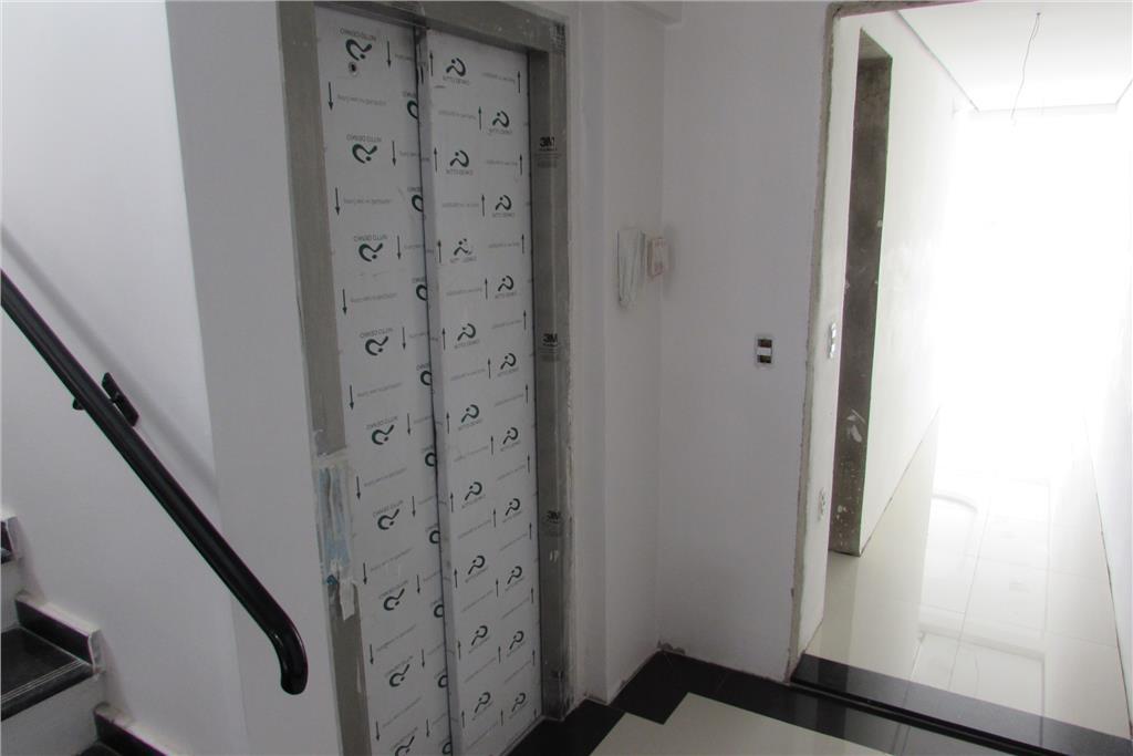 Apartamento de 3 dormitórios em Chácara Das Pedras, Porto Alegre - RS