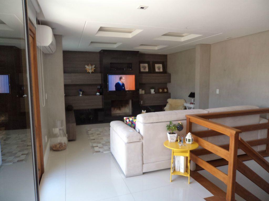 Cobertura de 2 dormitórios em Cristal, Porto Alegre - RS
