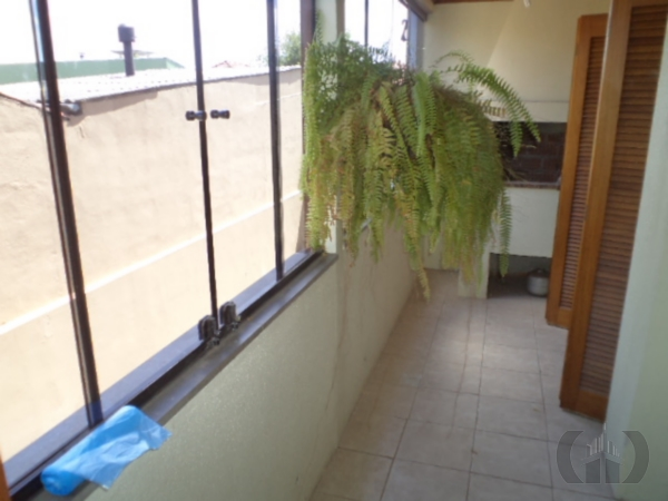 Apartamento de 2 dormitórios à venda em Jardim São Pedro, Porto Alegre - RS