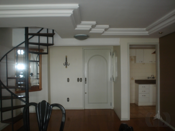 Cobertura de 3 dormitórios em Menino Deus, Porto Alegre - RS