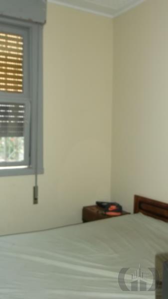 Casa de 2 dormitórios em Menino Deus, Porto Alegre - RS