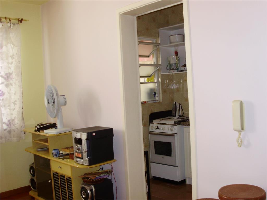 Apartamento de 1 dormitório em Menino Deus, Porto Alegre - RS