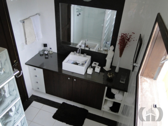 Casa de 5 dormitórios em Aberta Dos Morros, Porto Alegre - RS
