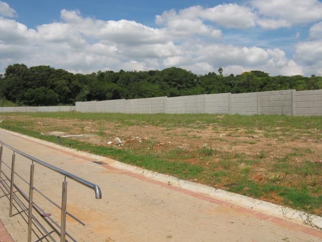 Terreno em Rubem Berta, Porto Alegre - RS