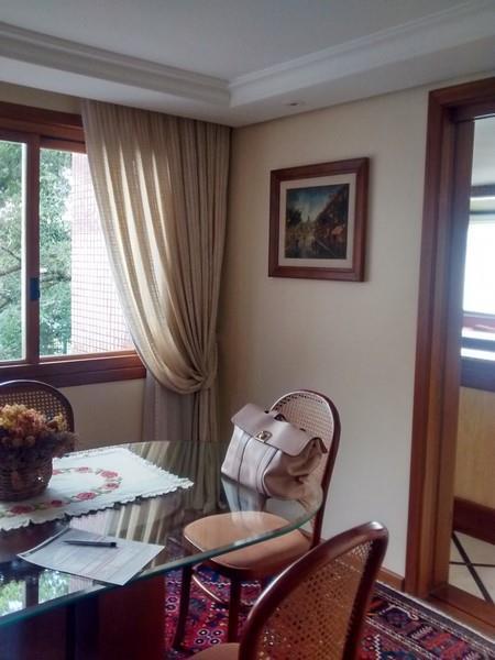 Apartamento de 4 dormitórios em Higienópolis, Porto Alegre - RS