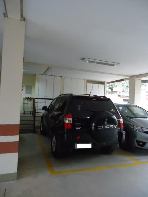 Apartamento de 2 dormitórios à venda em Três Figueiras, Porto Alegre - RS