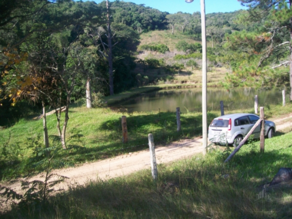 Sítio de 2 dormitórios em Restinga, Porto Alegre - RS