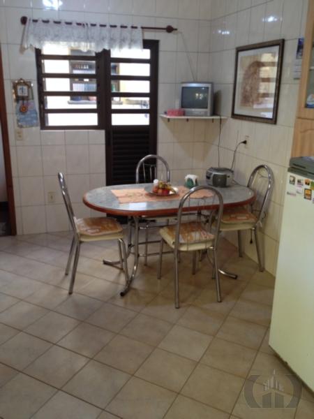 Casa de 4 dormitórios em Cristo Redentor, Porto Alegre - RS
