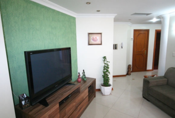 Casa de 4 dormitórios em Vila Assunção, Porto Alegre - RS