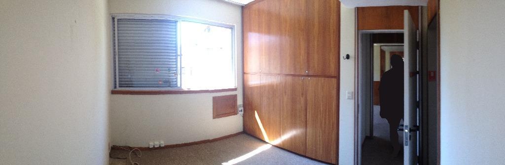 Sobrado de 3 dormitórios à venda em Auxiliadora, Porto Alegre - RS