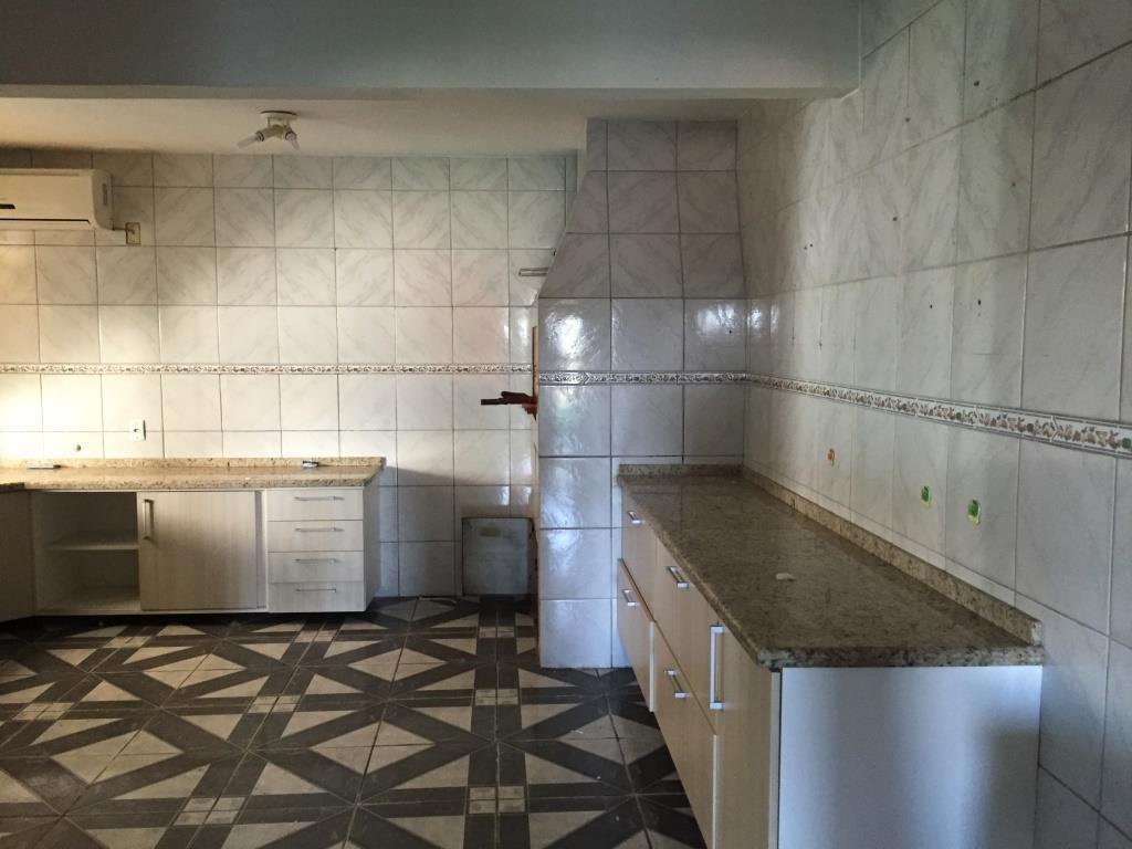 Casa de 2 dormitórios em Jardim Carvalho, Porto Alegre - RS