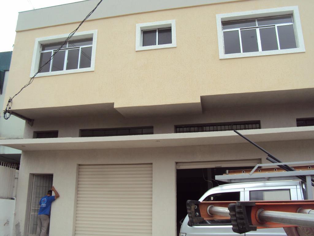 Prédio à venda em Medianeira, Porto Alegre - RS