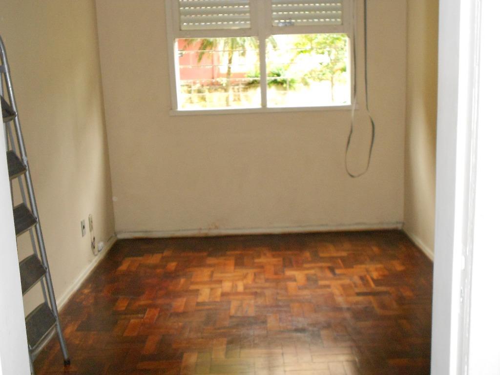 Apartamento de 2 dormitórios à venda em Camaquã, Porto Alegre - RS