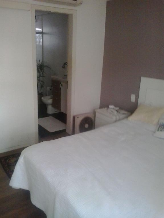 Casa de 5 dormitórios em Sarandi, Porto Alegre - RS