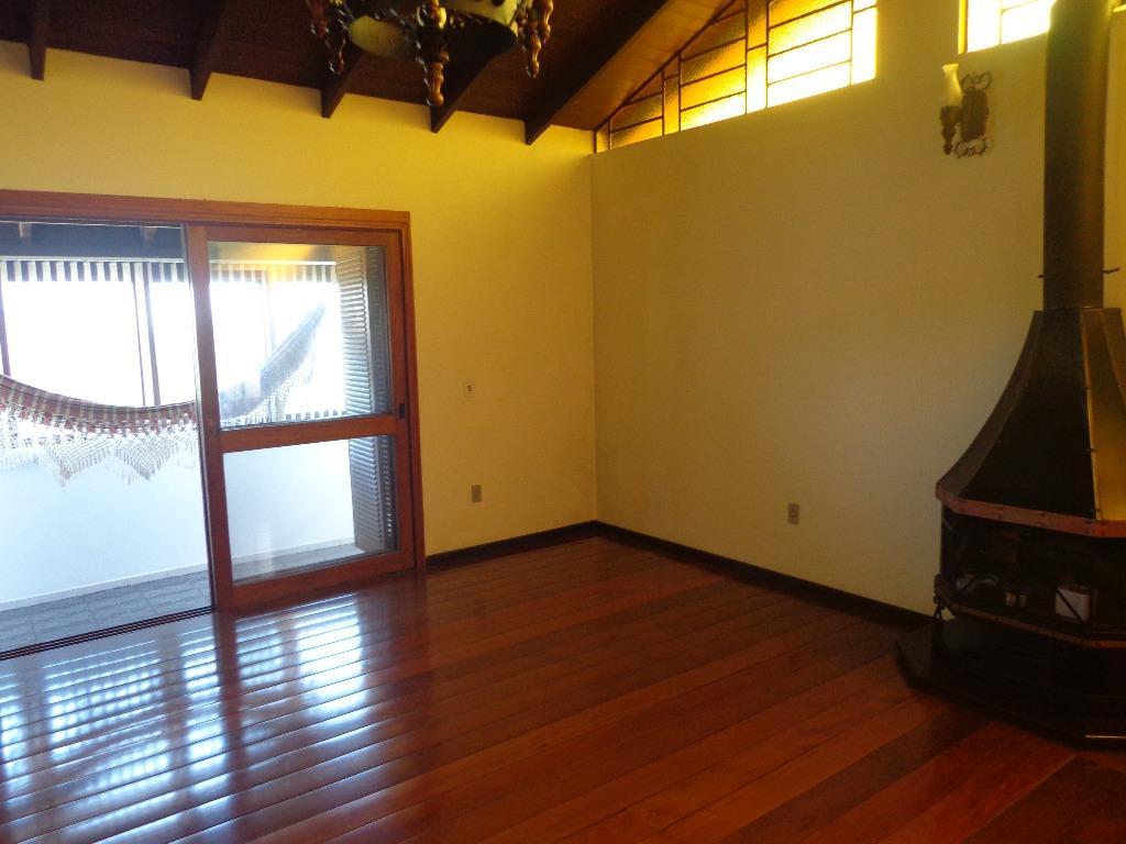Casa de 4 dormitórios em Bom Jesus, Porto Alegre - RS