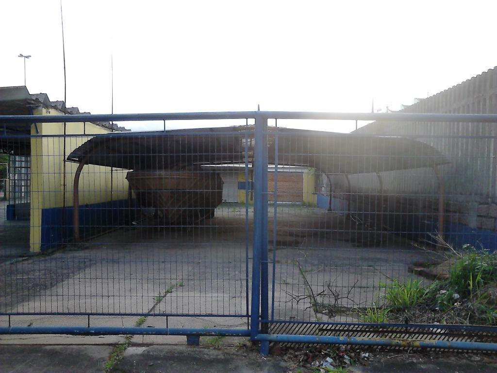 Terreno à venda em Jardim Floresta, Porto Alegre - RS