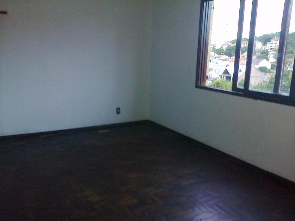 Apartamento de 1 dormitório em Santo Antônio, Porto Alegre - RS