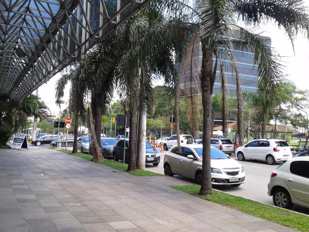 Loja em São João, Porto Alegre - RS