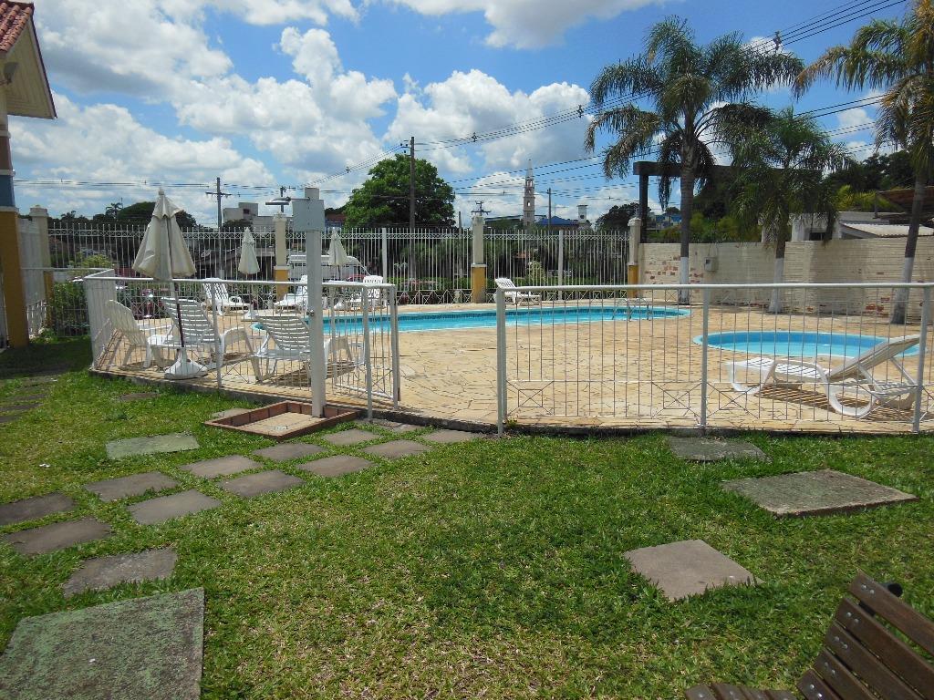 Sobrado de 3 dormitórios em Rubem Berta, Porto Alegre - RS