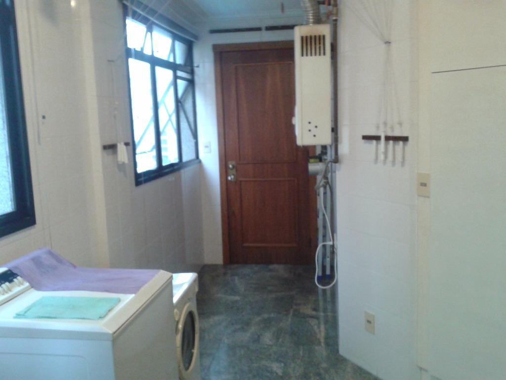 Cobertura de 4 dormitórios em Três Figueiras, Porto Alegre - RS