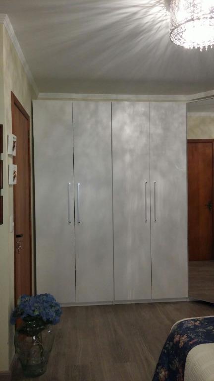 Sobrado de 3 dormitórios à venda em Cristal, Porto Alegre - RS