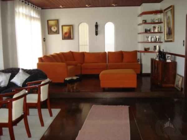 Casa de 4 dormitórios à venda em Tristeza, Porto Alegre - RS