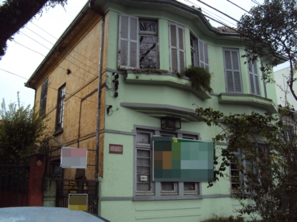 Casa de 3 dormitórios à venda em São Geraldo, Porto Alegre - RS