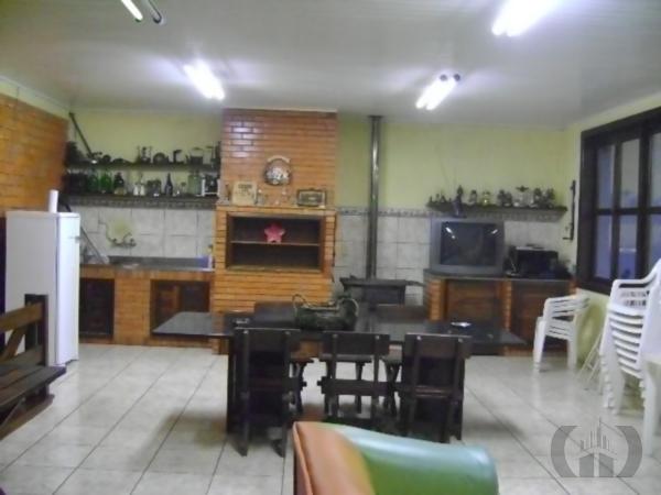 Casa de 4 dormitórios em Passo Da Areia, Porto Alegre - RS