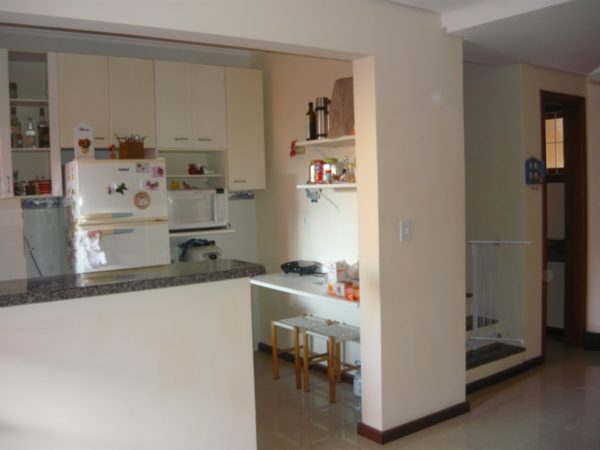 Casa de 3 dormitórios em Hípica, Porto Alegre - RS