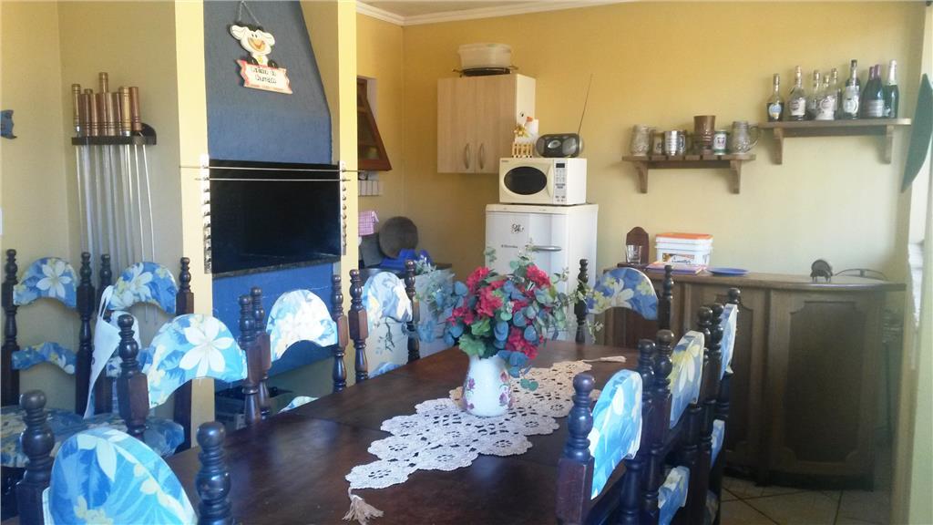 Sobrado de 3 dormitórios em Ipanema, Porto Alegre - RS