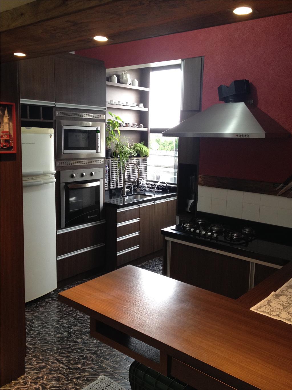 Apartamento de 2 dormitórios em São Sebastião, Porto Alegre - RS
