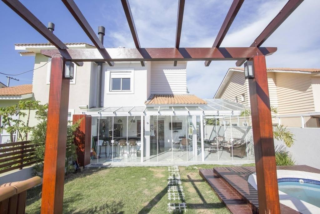 Casa de 3 dormitórios em Agronomia, Porto Alegre - RS