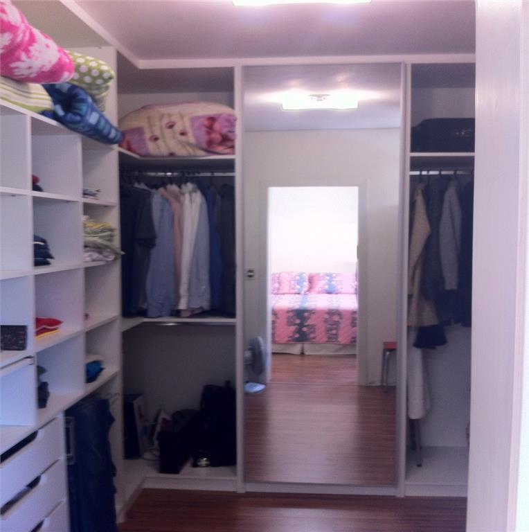Casa de 3 dormitórios em Cristal, Porto Alegre - RS