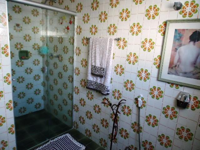 Apartamento de 2 dormitórios em Mont Serrat, Porto Alegre - RS