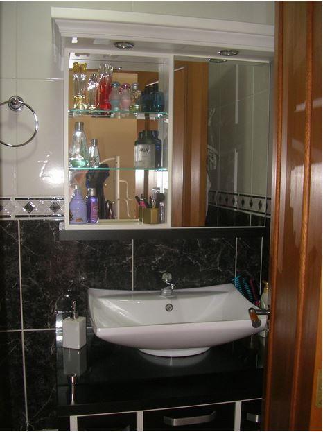 Sobrado de 3 dormitórios em São Sebastião, Porto Alegre - RS