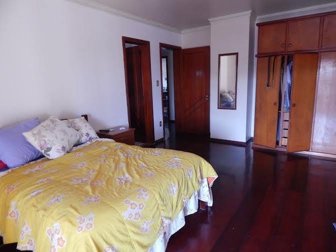 Sobrado de 4 dormitórios à venda em Guarani, Novo Hamburgo - RS