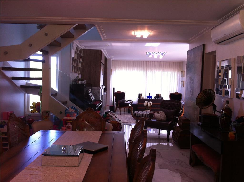 Casa de 3 dormitórios em Belém Novo, Porto Alegre - RS