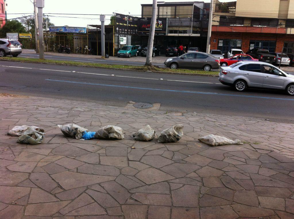 Loja em Nonoai, Porto Alegre - RS