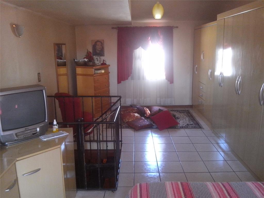 Casa de 3 dormitórios em Camaquã, Porto Alegre - RS