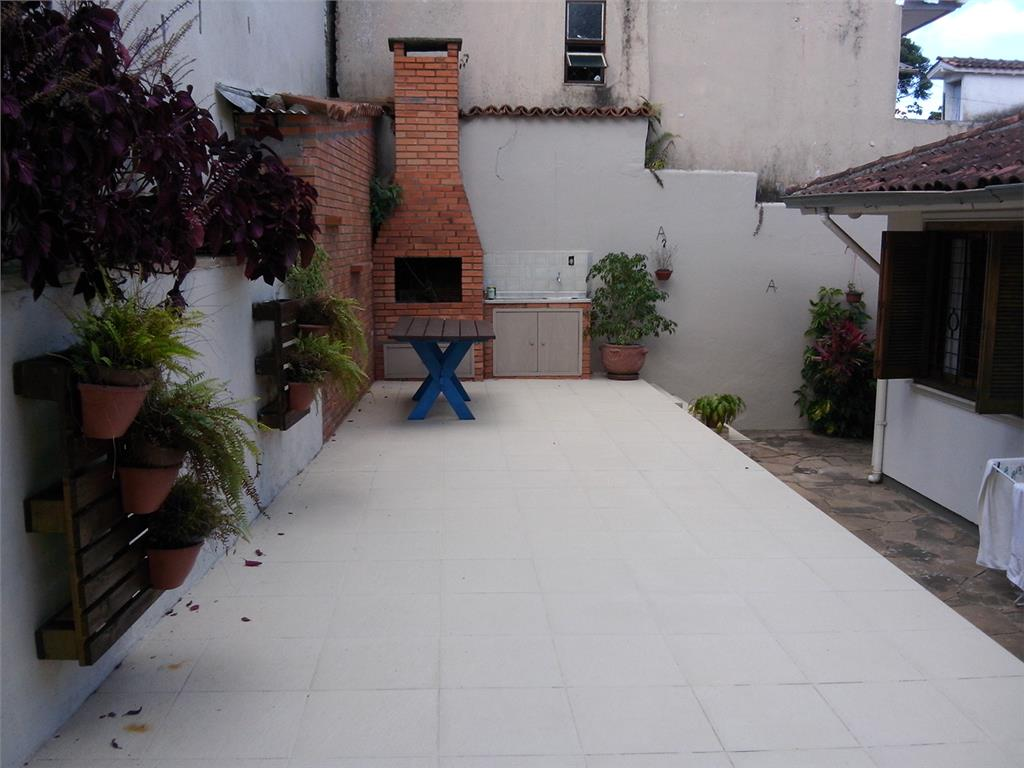 Casa de 3 dormitórios em Jardim Do Salso, Porto Alegre - RS