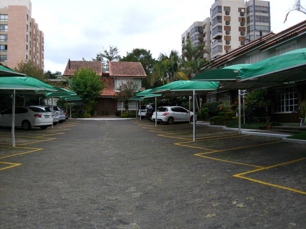Casa de 2 dormitórios à venda em Tristeza, Porto Alegre - RS