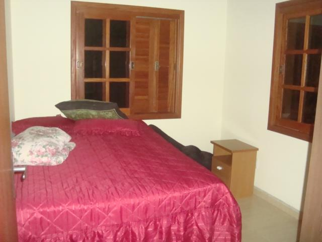 Sobrado de 3 dormitórios em Agronomia, Porto Alegre - RS