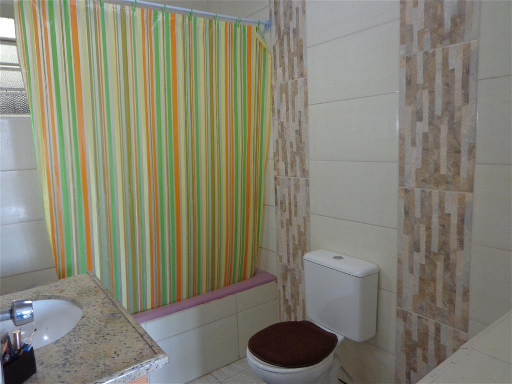 Casa de 2 dormitórios à venda em Agronomia, Porto Alegre - RS