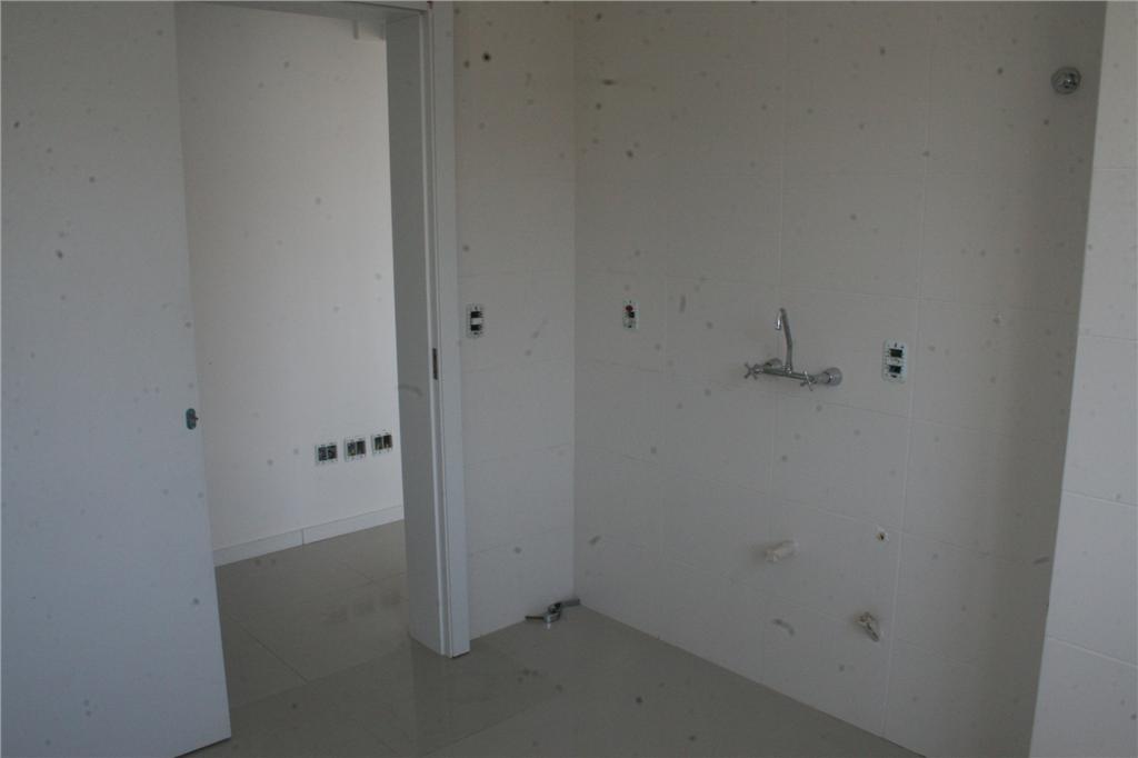 Cobertura de 2 dormitórios em Santana, Porto Alegre - RS