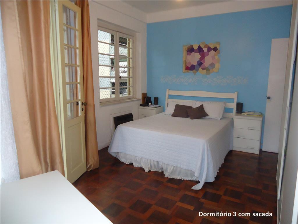 Apartamento de 3 dormitórios em Centro Histórico, Porto Alegre - RS