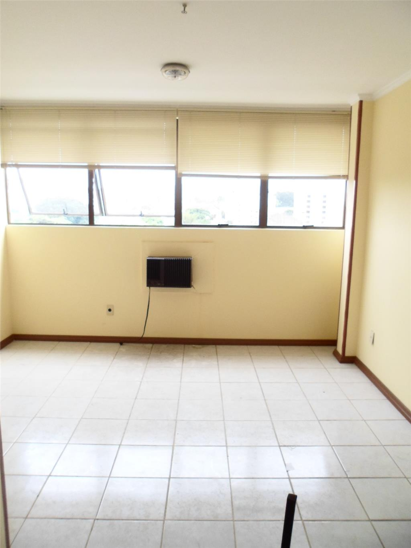 Sala à venda em Cavalhada, Porto Alegre - RS
