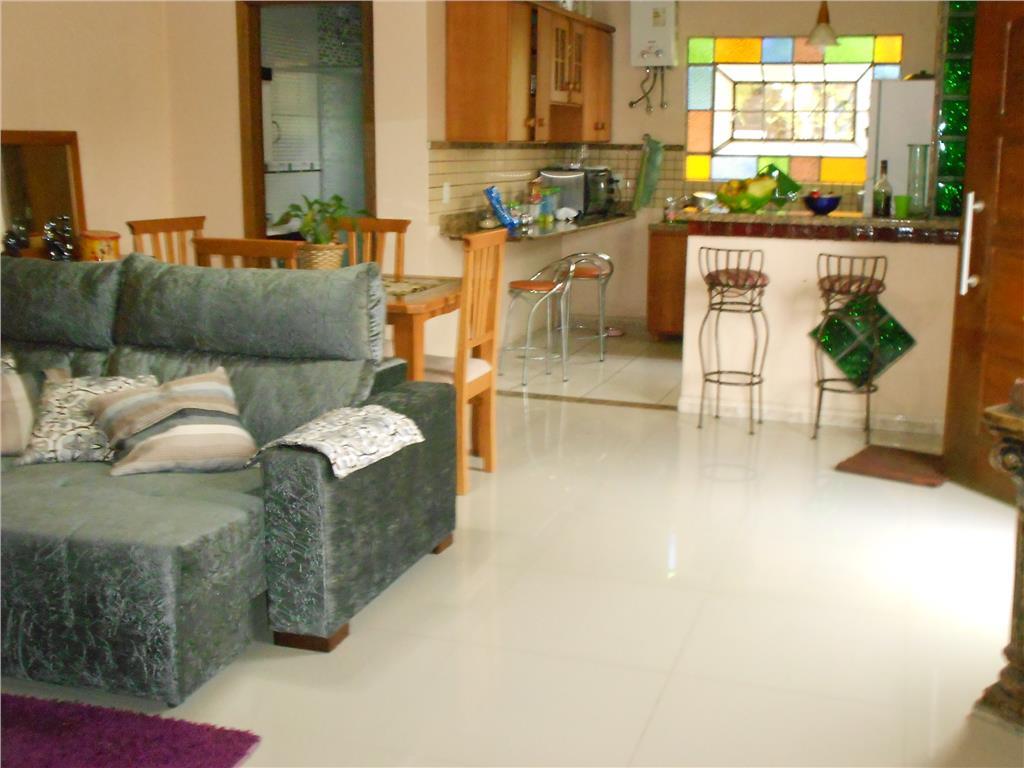 Casa de 2 dormitórios à venda em Lageado, Porto Alegre - RS