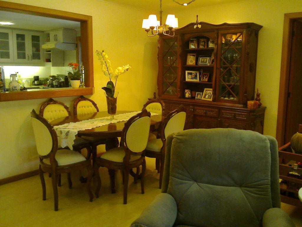 Cobertura de 3 dormitórios em Cavalhada, Porto Alegre - RS